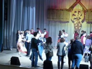Lithuanian folk dances at the Culture Centre